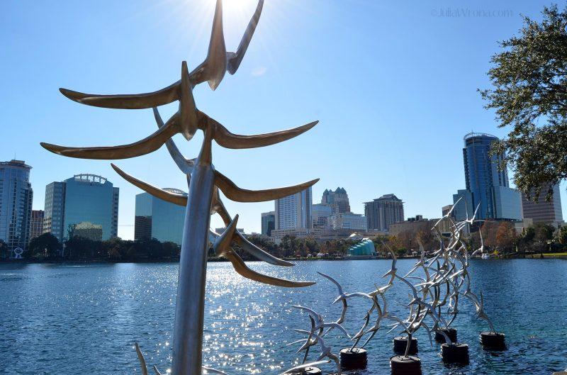 """Bird """"Take Flight"""" sculpture by Douwe Blumberg in Lake Eola Park in Orlando, Florida"""