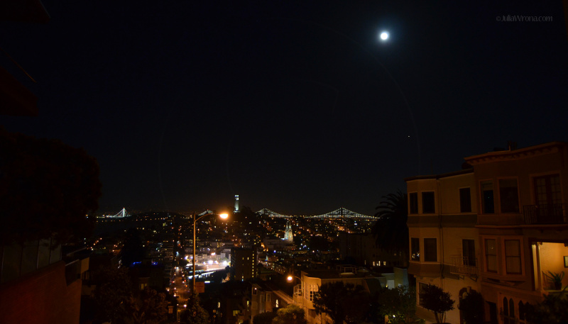 Night view from Lombard Street in San Francisco