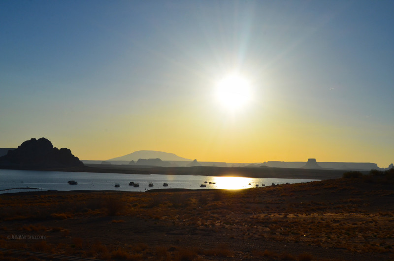 Sunrise over Lake Powell