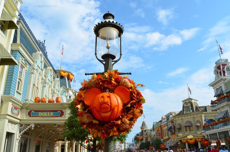 Mickey Pumpkin head